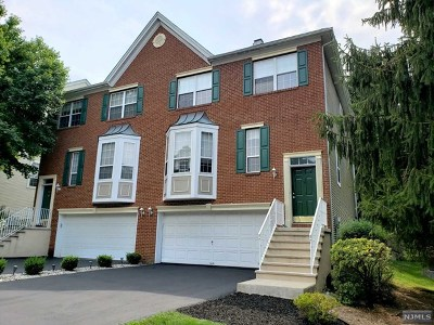 Passaic County Condo/Townhouse For Sale: 26 Morning Watch Road