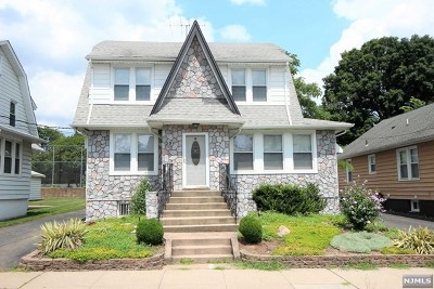 Passaic County Single Family Home For Sale: 59 Cliff Street