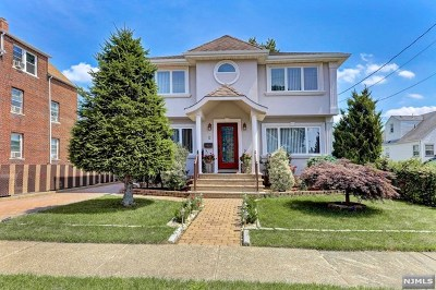 Clifton NJ Single Family Home For Sale: $595,000