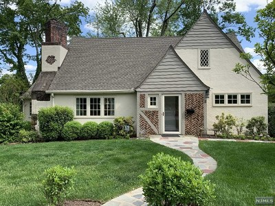 Essex County Single Family Home For Sale: 3 Wyndham Road