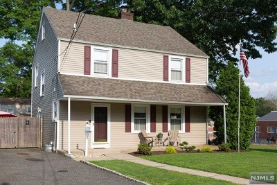 Bergen County Single Family Home For Sale: 6 Daisy Place