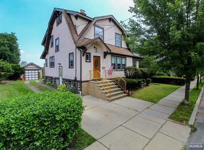 Cliffside Park Single Family Home For Sale: 634 Hudson Terrace