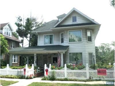 Ridgefield Single Family Home For Sale: 520 Morse Avenue