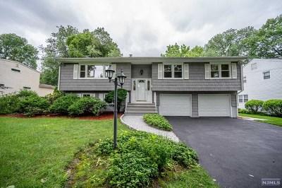 Paramus Single Family Home For Sale: 507 Marion Lane