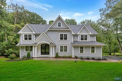 Franklin Lakes Single Family Home For Sale: 264 Lynn Drive