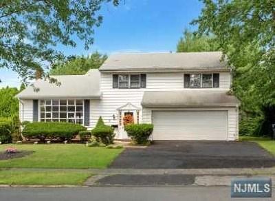 Hackensack Single Family Home For Sale: 424 Beech Street