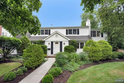 Demarest Single Family Home For Sale: 18 Myrtle Avenue