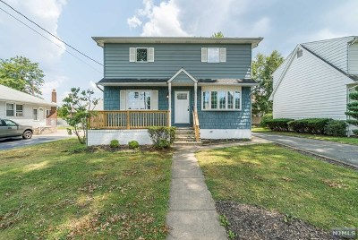 Hasbrouck Heights Single Family Home For Sale: 33 Ottawa Avenue