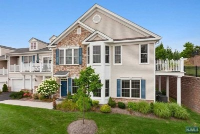 Passaic County Condo/Townhouse For Sale: 10 Brownstone Road