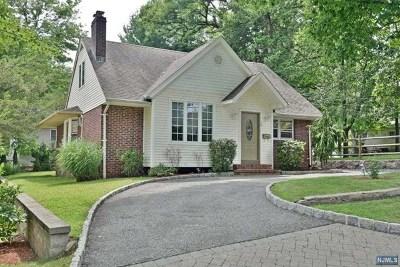 Tenafly Single Family Home For Sale: 74 Davenport Avenue