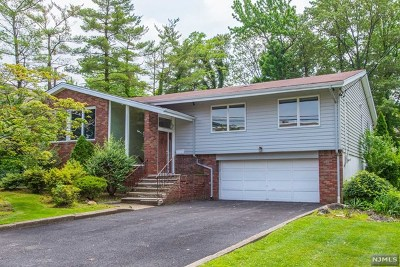 Englewood Cliffs Single Family Home For Sale: 34 Sherwood Avenue