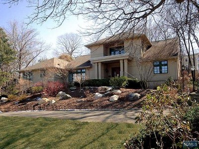 Tenafly Single Family Home For Sale: 37 Nelson Place