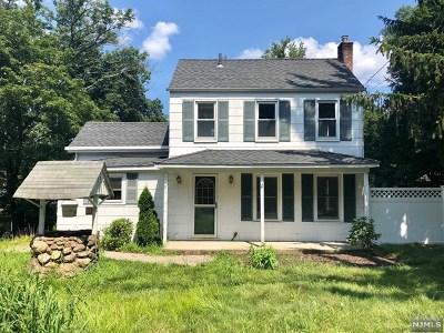Oakland Single Family Home For Sale: 101 Franklin Avenue