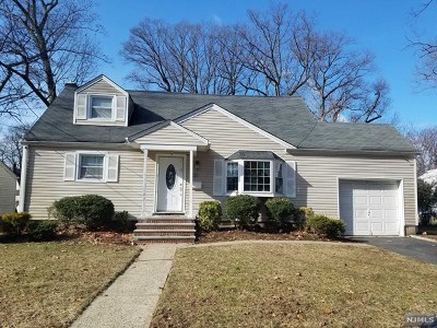 Hackensack Single Family Home For Sale: 21 Brook Street