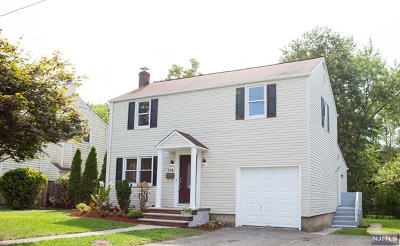 Bergenfield Single Family Home For Sale: 118 Cameron Road