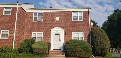 Hackensack Condo/Townhouse For Sale: 346 Esplanade #61