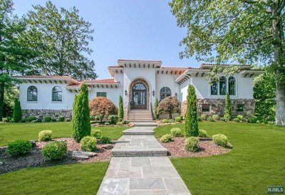 Englewood Cliffs Single Family Home For Sale: 11 Barbara Drive