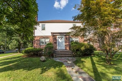 Englewood Single Family Home For Sale: 255 Liberty Road