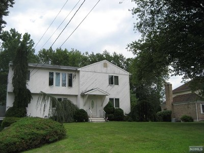 Morris County Single Family Home For Sale: 59 Grove Avenue