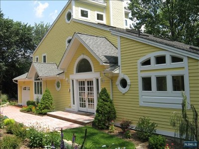 Saddle River Single Family Home For Sale: 236 West Saddle River Road
