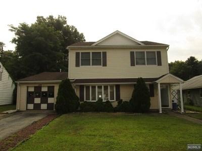 Rochelle Park Single Family Home For Sale: 62 Howard Avenue