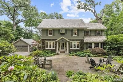 Ridgewood Single Family Home For Sale: 255 North Murray Avenue