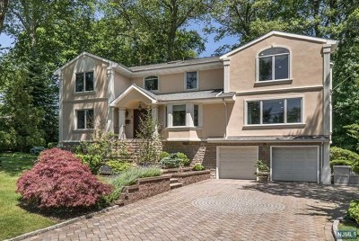 Englewood Cliffs Single Family Home For Sale: 2 Johnson Avenue