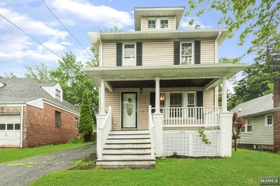 River Edge Single Family Home For Sale: 24 Lakeview Street
