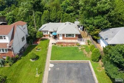 Woodland Park Single Family Home For Sale: 54 Chestnut Grove Avenue