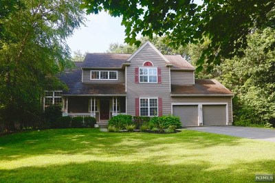 Morris County Single Family Home For Sale: 1 Southwoods Lane