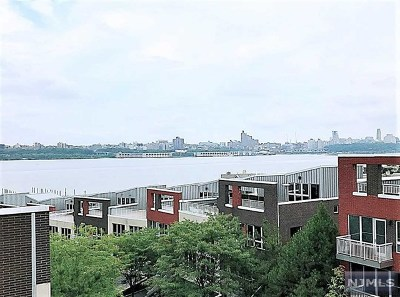 Edgewater Condo/Townhouse For Sale: 4 Vela Way #4