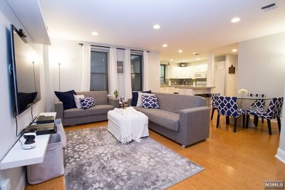 Englewood Condo/Townhouse For Sale: 109 Grand Avenue #2f