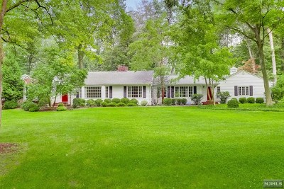 Saddle River Single Family Home For Sale: 52 Westerly Road