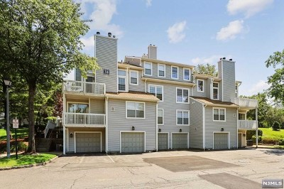 Englewood Condo/Townhouse For Sale: 1 Cliff Drive
