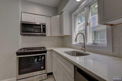 Glen Rock Single Family Home For Sale: 28 Dean Street
