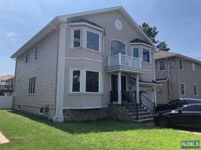 Passaic County Single Family Home For Sale: 55 Svea Avenue