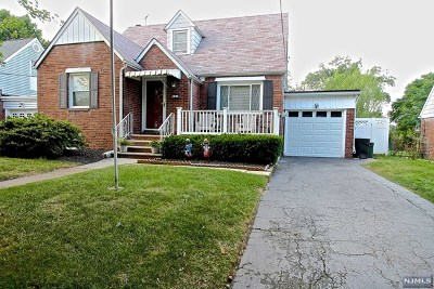 Fair Lawn Single Family Home For Sale: 36-09 Southern Drive