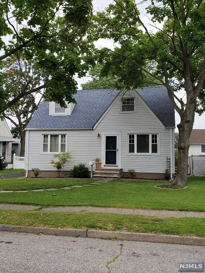 Rutherford Single Family Home For Sale: 134 Hobart Avenue