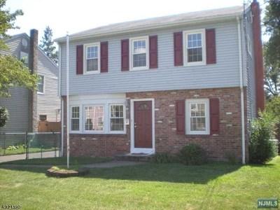 Pompton Lakes Single Family Home For Sale: 46 Jefferson Avenue