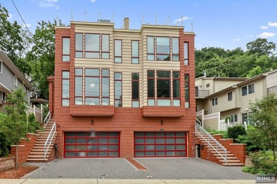Edgewater Single Family Home For Sale: 242 Undercliff Avenue