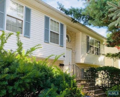 Teaneck Single Family Home For Sale: 531 Chestnut Place