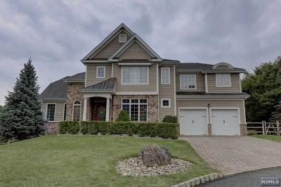 Oakland Single Family Home For Sale: 65 Overlook Ridge