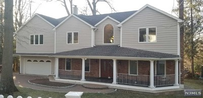 Closter Single Family Home For Sale: 22 McCain Court