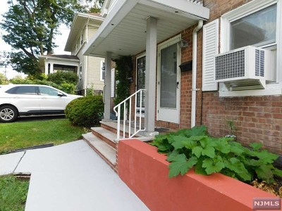 Leonia Single Family Home For Sale: 122 Lakeview Avenue