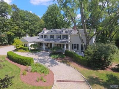 Upper Saddle River Single Family Home For Sale: 590 West Saddle River Road