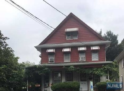 Passaic Single Family Home For Sale: 39 Rutgers Place