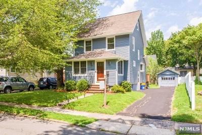 Teaneck Single Family Home For Sale: 107 Sherwood Avenue