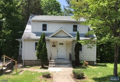 Passaic County Single Family Home For Sale: 489 Macopin Road