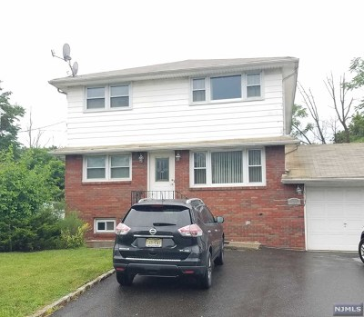 Passaic County Multi Family 2-4 For Sale: 124 Maple Avenue