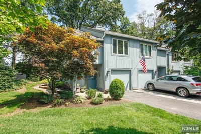 Glen Rock Condo/Townhouse For Sale: 5 Daryl Court